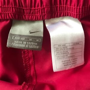 Nike Pants - Nike Ladies Pants Size Med